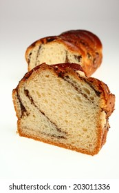 Yeast cake with poppy seed