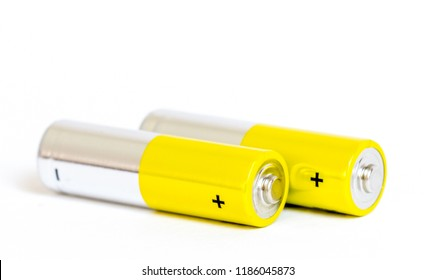 yellow alkaline batteries