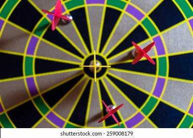 Yellow arrow success at dart board
