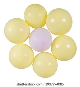 yellow balloons shaped like a daisy