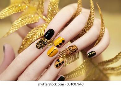 Imágenes Fotos De Stock Y Vectores Sobre Rhinestone Nails