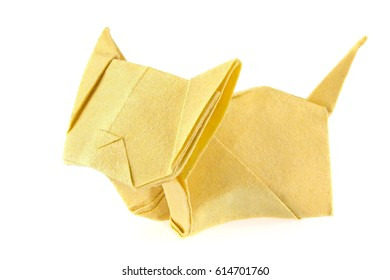 Yellow cat of origami, isolated on white background.