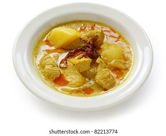 yellow curry , thai food