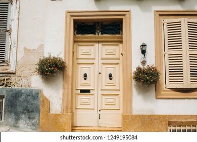 yellow doors in Malta