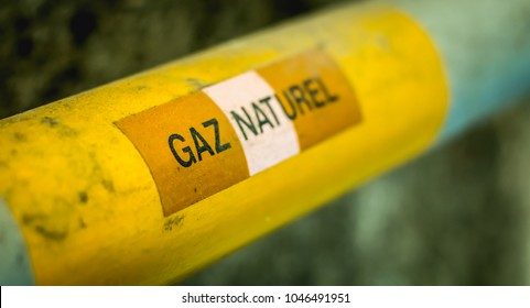 yellow gas pipeline on which is written in French - natural gas in france