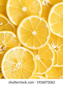 Yellow lemon slices pattern texture background