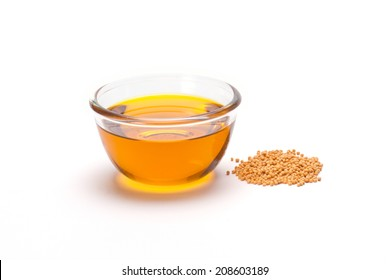Yellow Mustard Seeds and oil