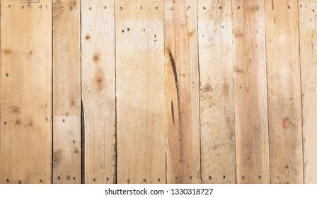 Yellow pine wood from recycle pallets