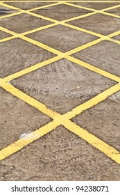 Yellow road markings
