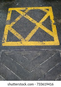 yellow sign for car parking.