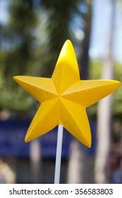 yellow star stick