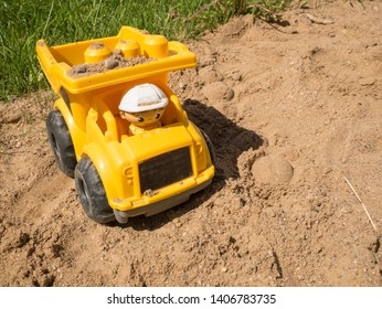 Driver Small Truck Images, Stock Photos & Vectors | Shutterstock