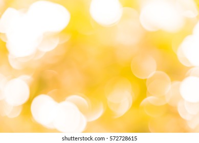 Yellow and white bokeh from natural