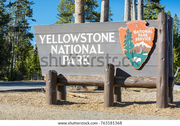 Yellowstone National Park Usa October 29 Stock Photo Edit