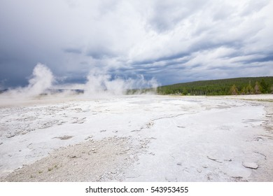 Yellowstone National Park. Wyoming. Geysers