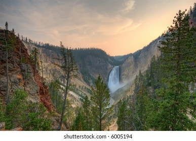 Yellowstone NP. Lower Falls