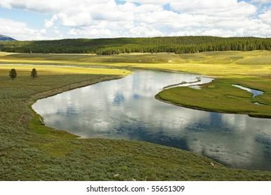 Yellowstone River flowing calmly through Hayden Valley