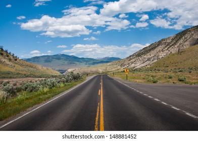 Yellowstone road