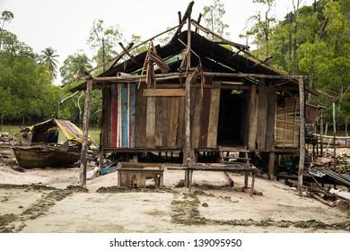 Yenwaupnor Village, Palau Gam, Raja Ampat