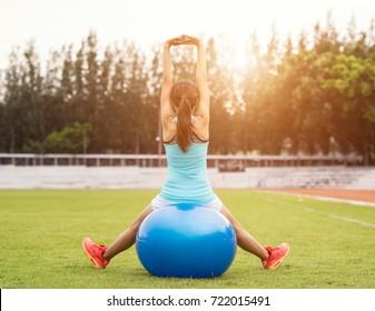 yoga ball yong woman