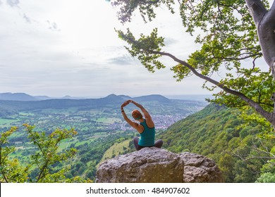 yoga side bend