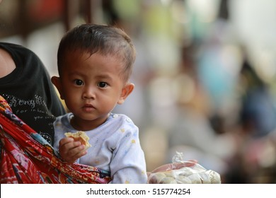Yogyakarta, INDONESIA - Sep 22, 2012:Unidentified Indonesian people. It is renowned as a center of education ,classical Javanese fine art and culture such as batik, drama, music, and puppet shows.