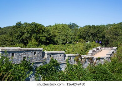 Yongdu Fortification is a military defense facility during the Joseon Dynasty.