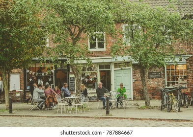 York, The United Kingdom. 23-09-2017: City center of York full of people during Food and Drink festival.