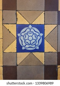 Yorkshire Rose victoriana floor tile