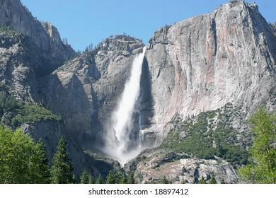 Yosemite Falls in Yosemite National Park in California