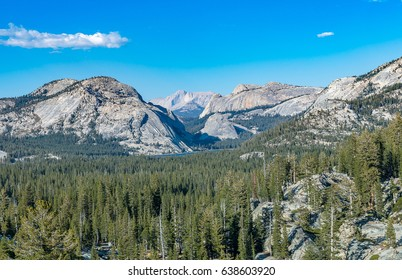 Yosemite National Park landscape from Tioga Road