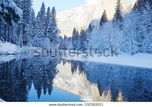 réflexion yosémite en hiver