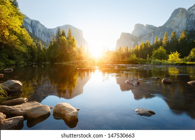 lever de soleil de la vallée de Yosemite