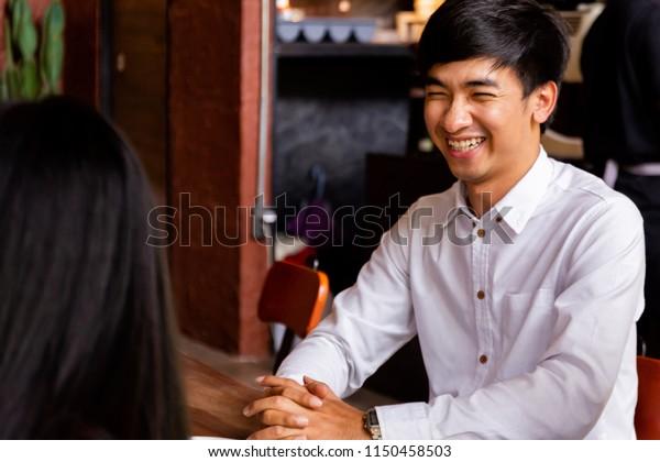Černoch datování asijské ženy