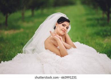 young beautiful bride, wedding photography