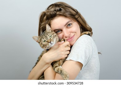 young beautiful woman with cat