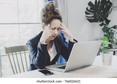 young business woman having a lot hard work and many trouble per day