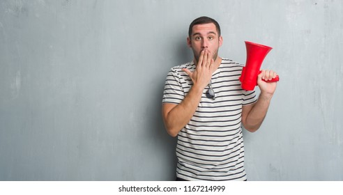 Shouting Silent Images Stock Photos Vectors Shutterstock
