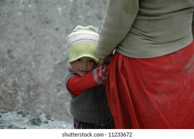 Young child and mother in Northern India
