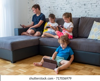 young children use electronic gadgets, the concept of children's addiction of phones and tablets