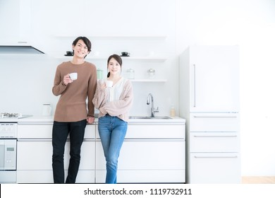 Young couple n the kitchen.