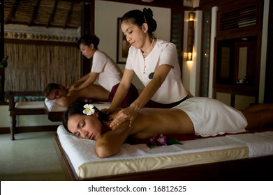 Peta jensen massage