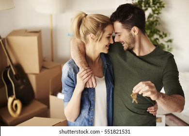 Young couple with a set of keys