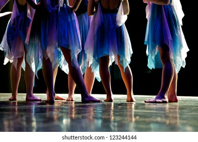 Young dancers ready for performance