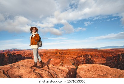 Young girl at the Glen Canyon in America
