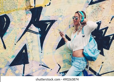 Graffiti Headphones Images Stock Photos Vectors Shutterstock