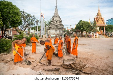young monks wort at a construction for a new building at the Wat Kampong Thom Temple in the city of Kampong Thom of Cambodia.  Cambodia, Kampong Thom, November, 2017,