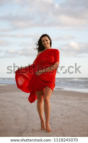 Naked woman on the beach pic 14