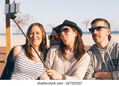 Young people on a spring afternoon doing a selfie