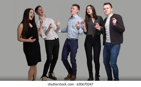 Young People Sing in Isolation